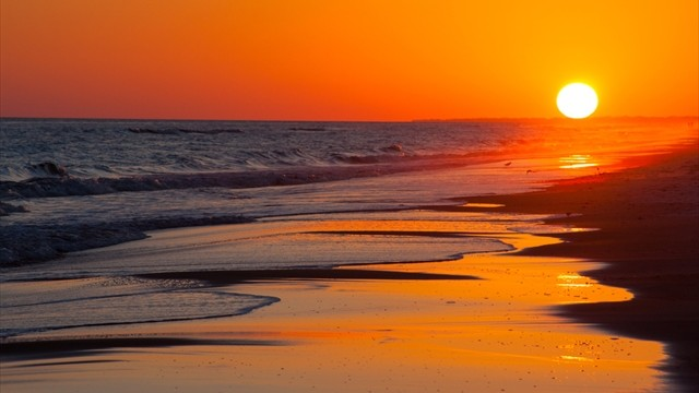 【絶景】天皇も見入られた美しい波紋「御輿来海岸」はこれからが見頃