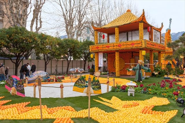 町中が真っ黄色に。フランスのレモン祭り(開催2/14~3/4)