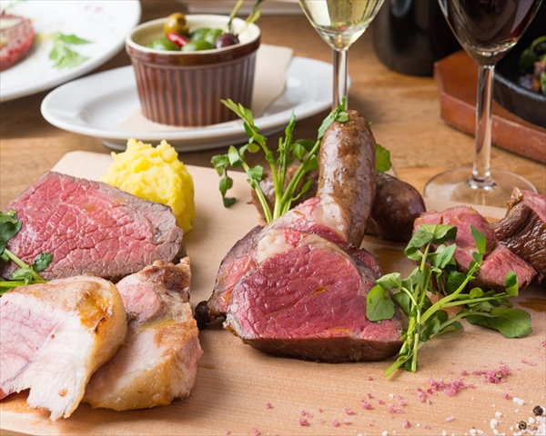 お肉好きに朗報!ダイエット効果も?低脂肪・高たんぱくな絶品塊肉のお店3選