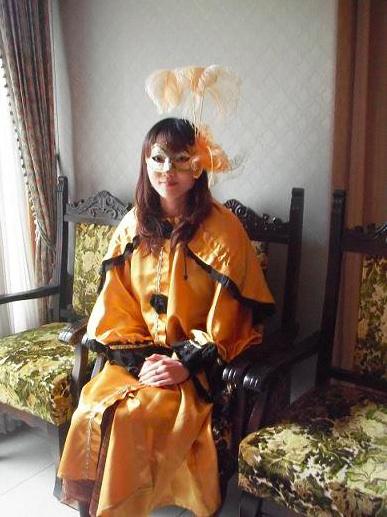 【仮面とマント無料貸出】箱根ガラスの森で「ヴェネチア仮面祭」体験