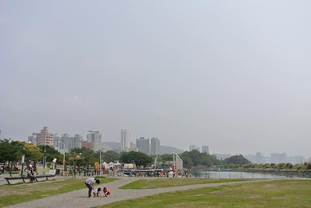 ロマンチックな時間が過ごせる、食べ歩きも楽しい台湾北部の港町「淡水」