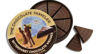 旅のお供にいかが? オシャレな缶入り「チョコレート・トラベラー」