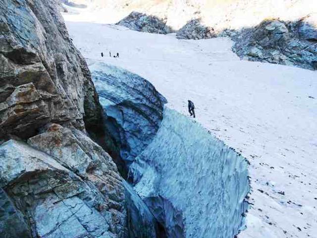 【極東最南端で日本唯一】北緯36度の富山県には3つの氷河がある