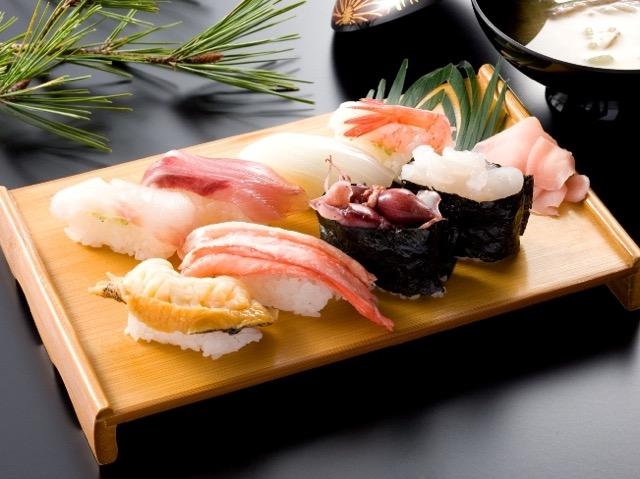 まさに今が旬!富山湾のシロエビを最高においしく食べられる穴場を紹介