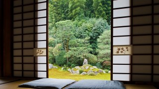 雨の日に訪れたい 風情漂う京都のお寺8選