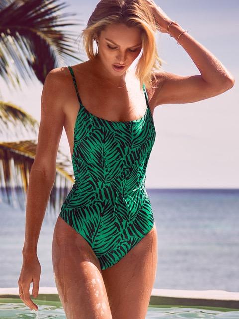 この夏新調したい、大人の女性に似合う水着