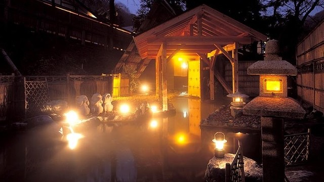 【水上】日本の田舎の野趣に溢れる18の貸切露天風呂の宿