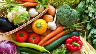 キャンプやBBQで役立つ!おいしい夏野菜の選び方