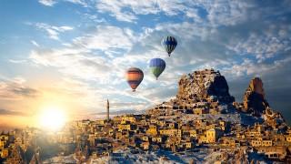 どこを旅してもどんな絶景を見ても、人は居るべき場所に還っていく
