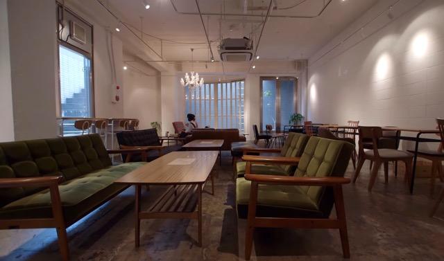 原宿観光大使行きつけ!裏原にあるくつろぎカフェ「natural stance」
