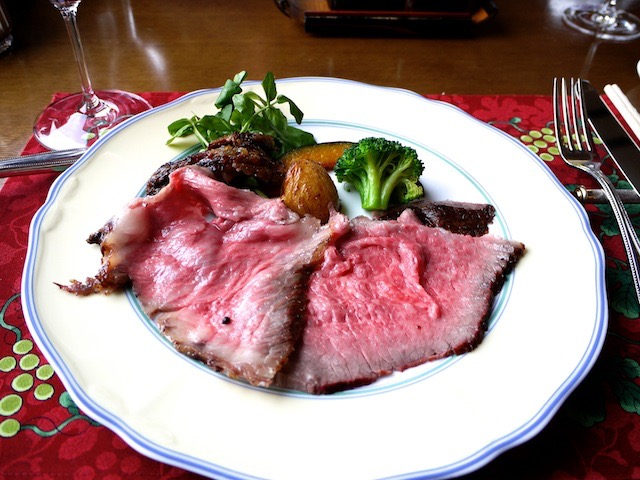 【勝沼ぶどう郷】肉好き必見!知る人ぞ知る、おいしすぎるローストビーフ