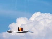 世界中で話題!空飛ぶ演奏家のオレンジピアノが横浜に!