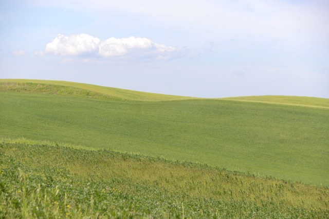 世界遺産「オルチャ渓谷」美しい空と大地が教えてくれること
