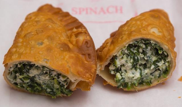 【NY異国ぐるめぐり】片手で食べたいラテンのスナック エンパナーダ