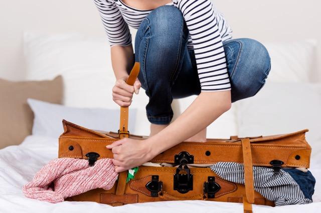 それ、海外旅行に本当に必要?スーツケースから出すべき不要なモノ10選
