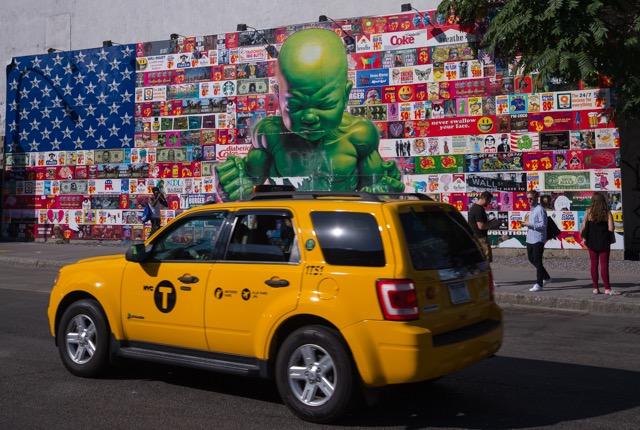 NYC街全体がギャラリー クールなウォールアート見て歩き