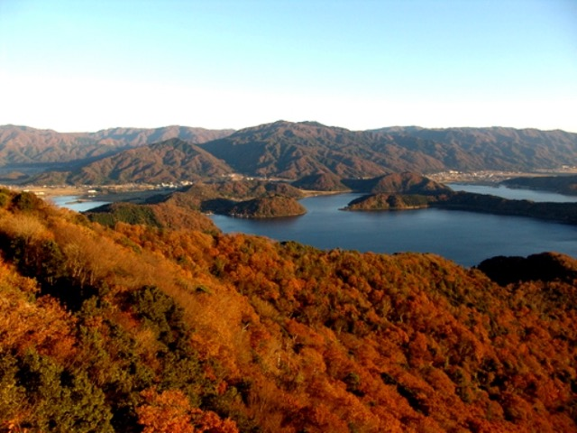 【福井】360度の展望が美しい!秋の三方五湖は紅葉の絶景スポット