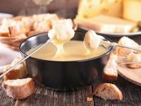 フランスのチーズ屋さんが教えるチーズフォンデュのレシピ