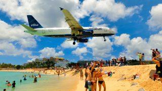 迫りくる飛行機に大興奮!セント・マーティン島の楽しみ方
