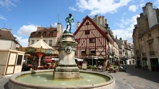 フランスブルゴーニュの首都、歴史とグルメで有名なディジョンの街