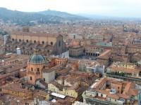 【塔があったら上りたい!高い塔から眺める景色】イタリア・ボローニャのツイン・タワー
