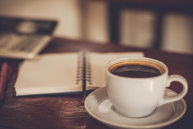 【世界の美しいクラシックカフェ5選】憧れのカフェを探す大人の旅