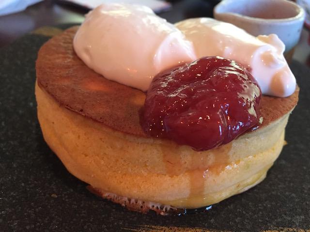 今年もやっぱりパンケーキが好き。この厚みが幸せ!おいしい!「雪ノ下」
