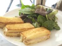 パリで人気のカフェごはん クロック・ムッシュ