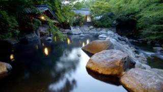 【黒川温泉】自然の灯りと温泉に癒やされる冬の旅へ