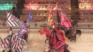 【アメリカ】 食事は手づかみ! 中世騎士ショー Medieval Times