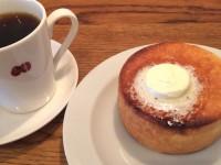 パンケーキみたい!人気カフェマメヒコ自家製「円パンと塩バター」がおいしい