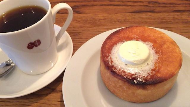 パンケーキみたい!人気カフェマメヒコ名物「円パンと塩バター」がおいしい