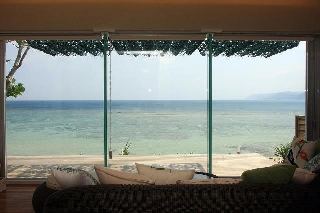 辛い花粉症は旅して避難!花粉のない奄美大島で極楽リゾートはいかが?