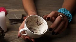 【都内限定】リピーター率が高い!よく当たると有名な占いカフェ