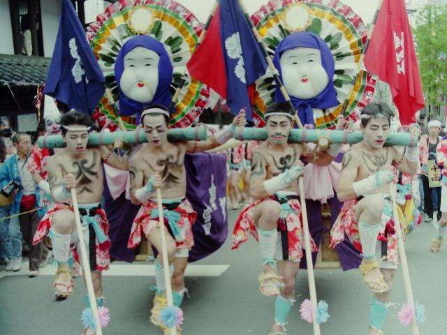 7年に一度の奇祭!日本三大奇祭のひとつ、御柱祭がいよいよ始まる!!