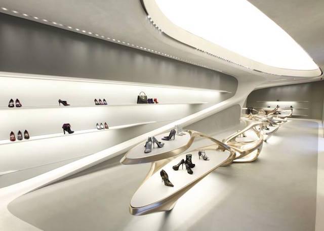 「ラクな人生を送りたいなら、建築家なんてならないことね」時代のビルダー ザハ・ハディド氏