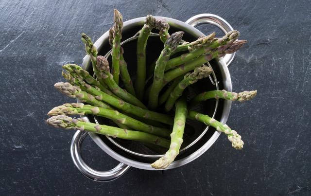 【レシピ】15分で完成! 旬のグリーンアスパラを使った簡単フレンチ