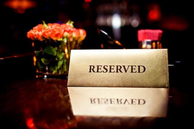 自然に帰ろう!ロンドンに3か月限定でヌード・レストランがオープン!?