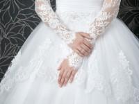 【花嫁に聞いた実話】ウェディングドレスにまつわる後悔例