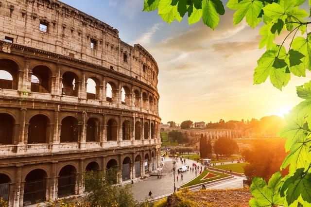 ロンドン・ローマ・リオは今がリミット!?宿の予約でベストな時期が都市別に判明