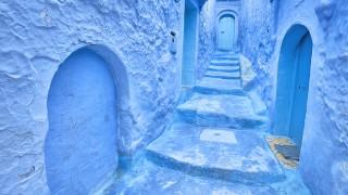 今日の絶景ヒトコト【41】雨の日は青がよく青く見える