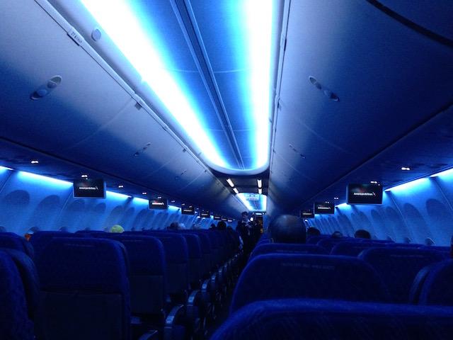 慌てないで! 海外で飛行機が欠航、緊急着陸した時の過ごし方