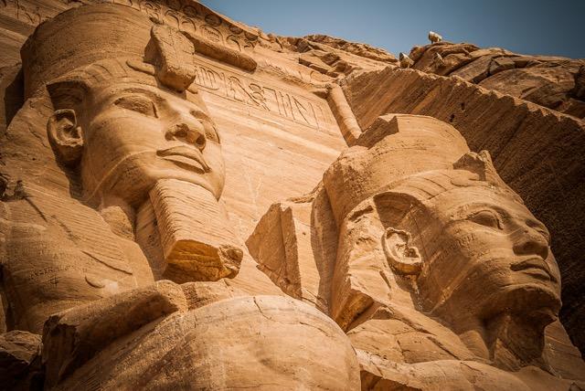 世界遺産創設のきっかけ、水没を逃れたエジプトの至宝・アブシンベル神殿