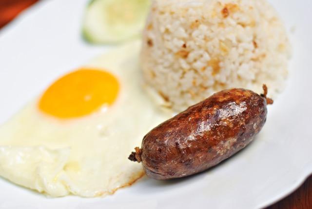 【気になる世界の朝ごはん】チョコレート粥にビックリ!? フィリピン編