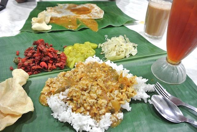 東南アジアで必食! カレーとご飯が食べ放題の「バナナリーフ・ライス」