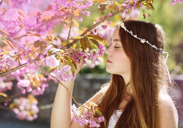 大切にしたい、日本の伝統色5色~英語で説明するのが難しい!~