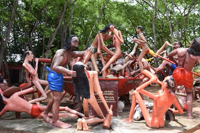 これが本当の生き地獄?タイの地獄寺へようこそ!