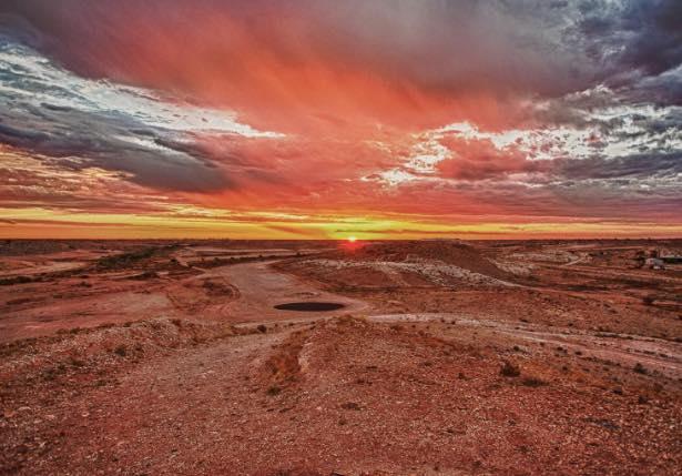 まるで火星のよう!摩訶不思議なオーストラリアの地下都市「クーバーペディ」