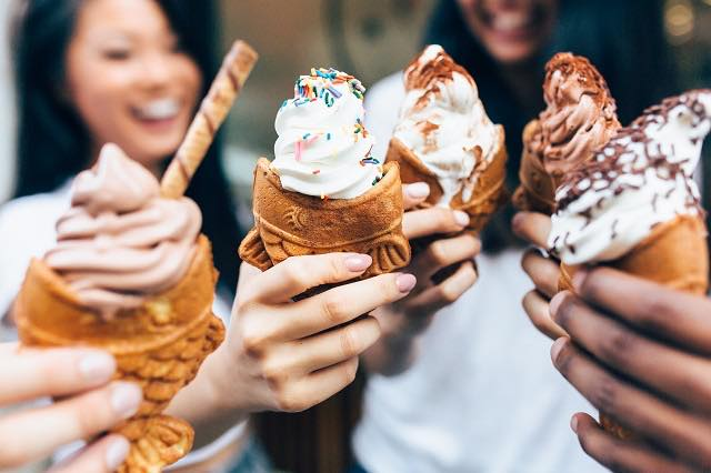 NYで新たな進化?たい焼きアイスクリームが人気!
