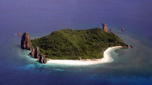 17の無人島から選べる!無人島でサバイバル体験できるツアー